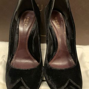 Gucci Shoes - Gucci Black Velvet 4inch heels size 35.5